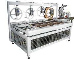 Sealsystem-P: automatic gasket insertion on door-frame profiles